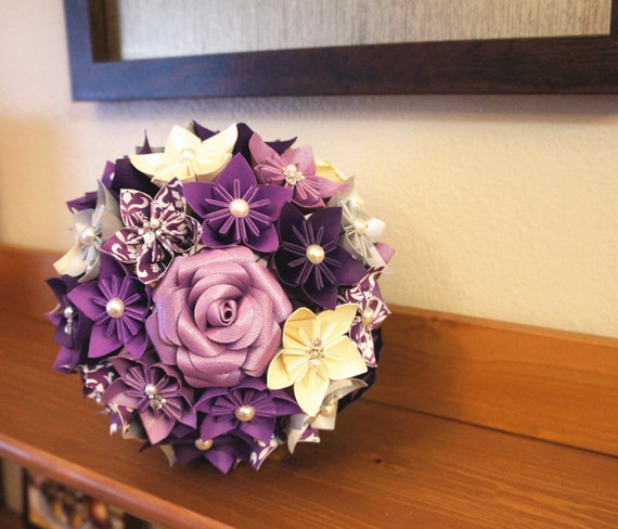 Origami Wedding Flowers: Items Similar To Custom Wedding Kusudama Origami Paper