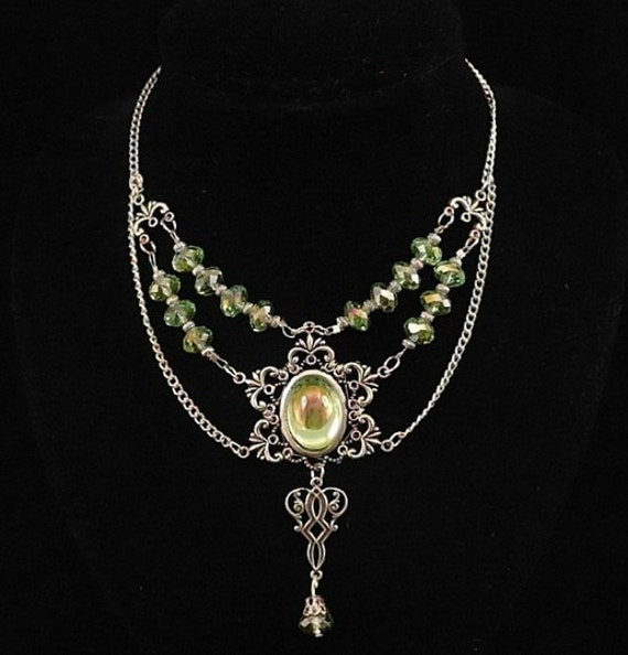 Elven Earrings: Items Similar To Medieval ARWEN Wedding ELVEN Necklace