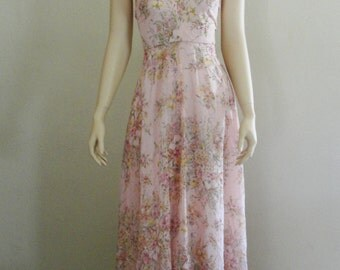 Vintage 1970s pink pastel floral halter maxi dress small size 3