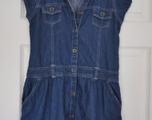 100% Algodon jean style vintage dress for small statue or young girl's wear.