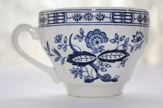 Vintage Teacup Blue Onion Design Made In England