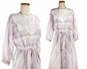 1980s Purple Stripe Day Dress - Soft Vintage Lilac w/ Decorative White Bib Collar  - size Medium