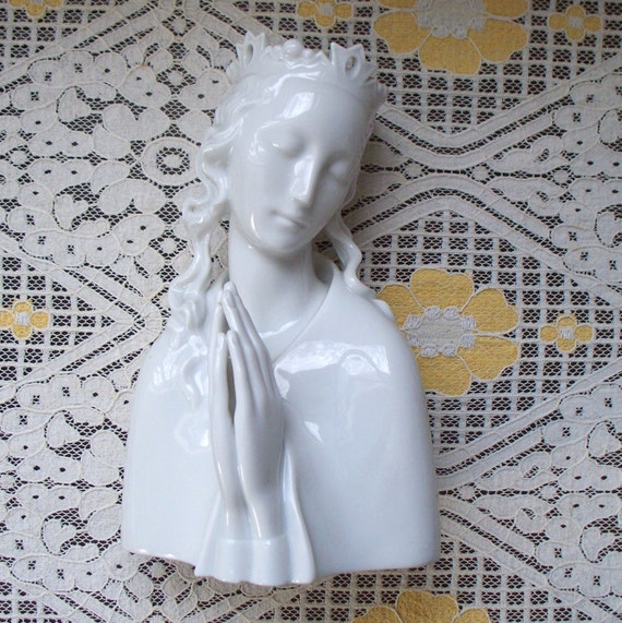 austrian augarten porcelain madonna vienna wien porzellan. Black Bedroom Furniture Sets. Home Design Ideas