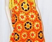 URBAN SUNSHINE Crochet Knit Dress Shawl Vintage 70s MoD BoHo Chic