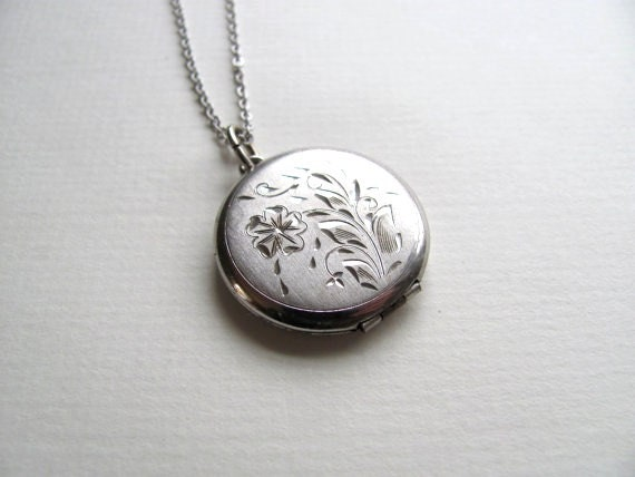 Sterling silver round vintage photo locket, etched engraved floral pattern on silver chain, antique keepsake