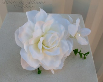 White gardenia boutonniere, Silk boutonniere, Weding boutonniere, Grooms boutonniere