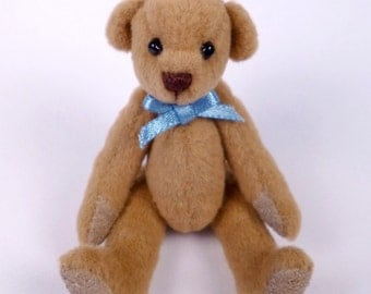 Miniature Artist Bear, Caramel brown, 6cm - 2 3/8 inches by VonneBears