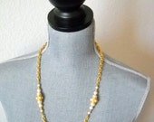 Vintage Gold Ribbed Chain and Pearl  Necklace