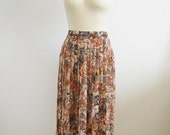 1980s Floral Pleated Skirt with Self Belt by Campus Casuals
