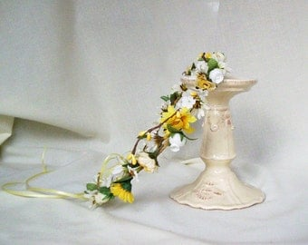 Bridal Floral Crown Yellow Wedding accessories Bohemian bridal party hairpiece silk flower daisy country bride headpiece hippie hair wreath