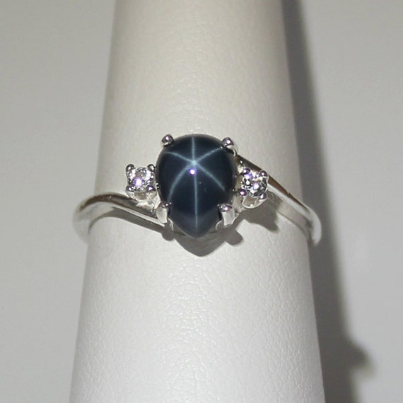 genuine blue star sapphire ring with white sapphires
