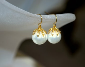 White Pearl Earrings -- White Pearls, Gold