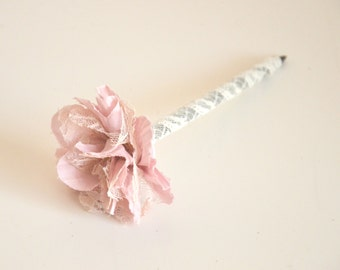 Vintage inspired guest book pen