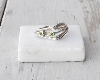 Peridot Square Ring, Sterling Silver Free Form Ring, August Birthstone, Wearable Art,  Asymmetrical Ring, American Size 7, Santorini Jewelry