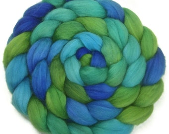 Handpainted Superwash BFL Nylon 80/20 Sock Roving - 4 oz. SEAGLASS - Spinning Fiber