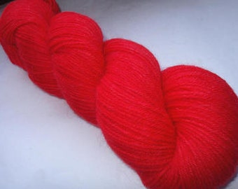 Hand painted yarn, merino alpaca yarn, hand dyed yarn, fingering weight yarn, handpainted yarn, red yarn, FEUERROT, 400yds