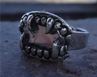 Fangs Ring - Oh What Sharp Teeth You Have - Monster Mouth Vampire Goth Horror Ring
