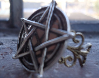 Large Wicca Pentagram Ring - Wiccan Five Point Star - Silver-Tone Statement Ring Adjustable