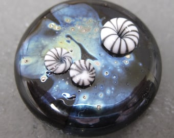 Kaz's Teeny Murrini - Simple Black and White Barnacle Murrini SRA UK