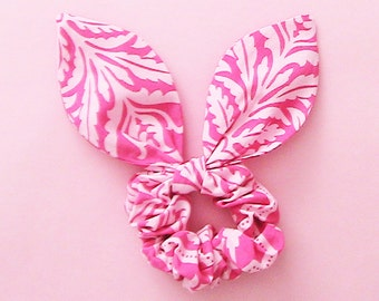 Dolly Bow Scrunchie-Damask