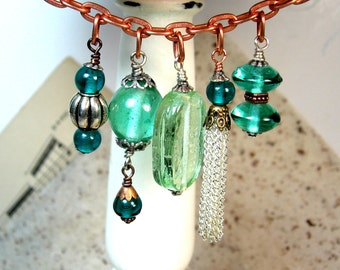 Necklace Green Glass Vintage Charm Copper
