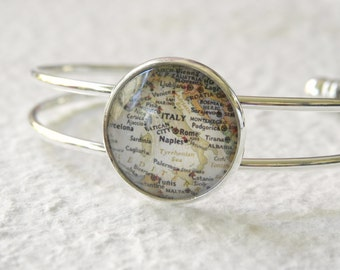 Italy Map Bangle Bracelet - Italy featuring Rome, Naples, Vatican City, Sicily, Palermo, and Venice