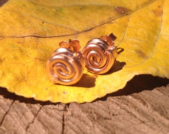 Snail post earrings in rose gold plated silver