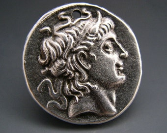 Mykonos Greek Alexander The Great Pendant Lead Free Pewter Silver Color 28mm Naos