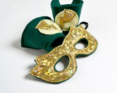 Super Hero Mask and Cuff Set -  Green and Gold (WOW031113-3) - worldofwhimm