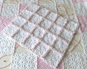"""Vintage Pink & White Daisy Chenille Patchwork Rag Quilt """"Perfect For A New Baby""""HOFMANN"""