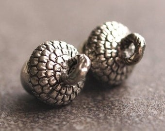 Antiqued Silver Acorn 10mm Pewter Charms : Two pc Silver Acorn Charm