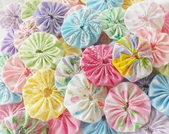 Miniature Fabric Flowers Applique Pastel Charm YoYo Quilt HITTY Doll Favors Wedding Bobby Pin Scrapbooking Beads Barrette Trim Dollhouse 50