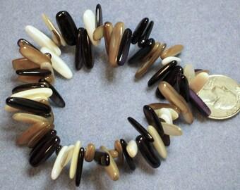 Glass Dagger Bracelet (853)