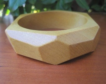 Faceted Wood Bangle - Size Large - Sunshine Yellow - Faucet - Pau Amarello - Summer Fashion - Funky Jewelry - Wooden Bracelet - Boho Style