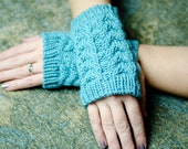 READY TO SHIP Cashmere Bräcken Knit Fingerless Hand Warmers in Teal