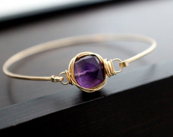 Amethyst Gold Bracelet , Bezel Wrapped Wire Setting , 14K Gold Filled Bangle , Minimalist Stackable Fashion