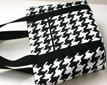 Houndstooth - Black and white - Small Handbag - Small Purse - Magnetic Clasp - Magnetic Closure