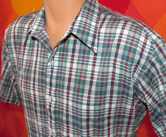 vintage 70s blue PLAID short sleeve button down campus hipster shirt Large arrow preppy green red