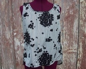 Black and White Floral Stripe Vintage Fabric High-Low Tank Top size XS-S