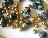 Jewelry bracelet kit - Copper and hand-rolled paper beads