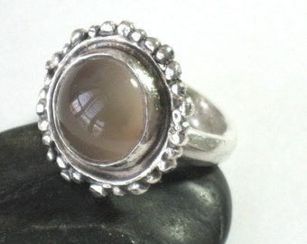 Statement Ring, Silver Moonstone Ring,Rustic Silver Ring, Textured Gemstone Ring, Beige Gemstone Ring, Moonstone Ring for Women