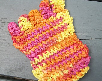 Crocheted Coasters, Bare feet for summer
