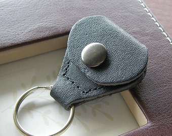 Leather Key Chain Holder for Guitar Pick or Golf Marker - Black Leather Keychain Holder / Key Ring