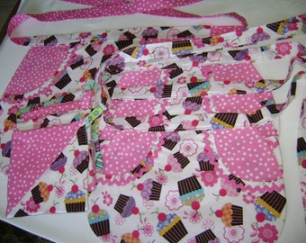 Cup Cakes SALE Handmade Mommy and Us 3 Girls Apron Set Multi Color Cupcakes With Pink Pokadot Backing