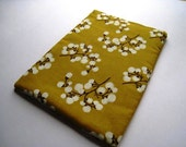 Flowers on Mustard - Kindle 1 2 3,4, Paperwhite, Touch, Fire Nook, Nook Color, Sony, Ereader Sleeve Padded and Zipper Closure