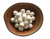 Seed bombs in white - Plantable paper seed balls made of handmade paper and no-GMO flower seeds - Garden - Ecofriendly favor - CUSTOM ORDER
