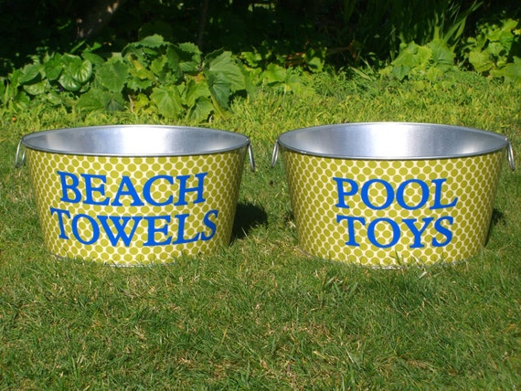 Custom Large Round Galvanized Party Tub with a Monogram - You Pick the Print