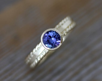 Royal Blue Tanzanite and 14k Yellow Gold Gemstone Ring Large Blue Periwinkle Gemstone Set with Nautical Rope Band Size 8.25