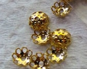 5mm Bead Caps Gold Plated, Pack of 100  *CLEARANCE*