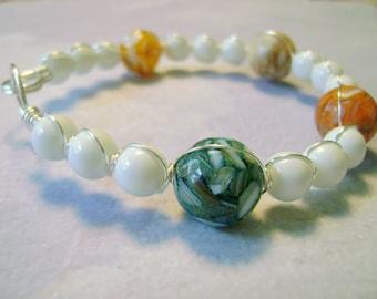 Summer white easy on easy off bangle bracelet multicolor shell beads